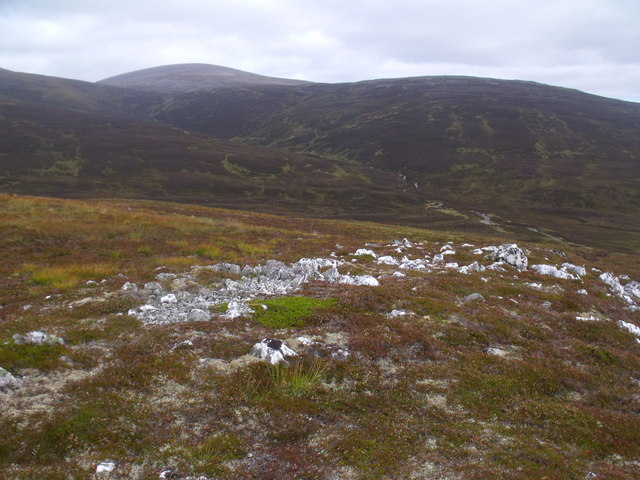 Quarzite out-cropping west of River Eidart, Glenfeshie