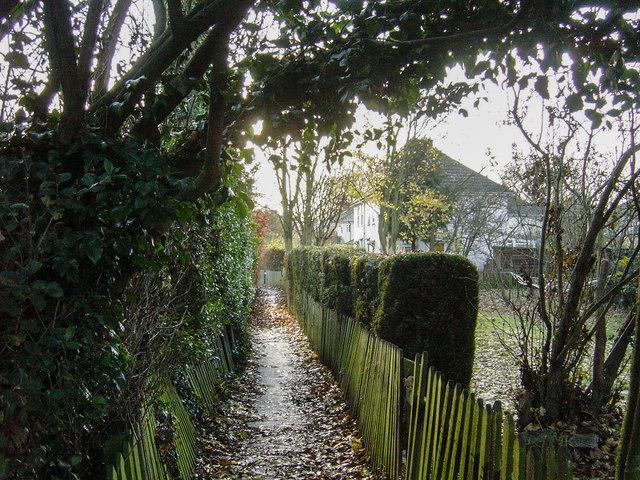 Path off Milton Road