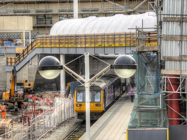 New Footbridge at Victoria Station
