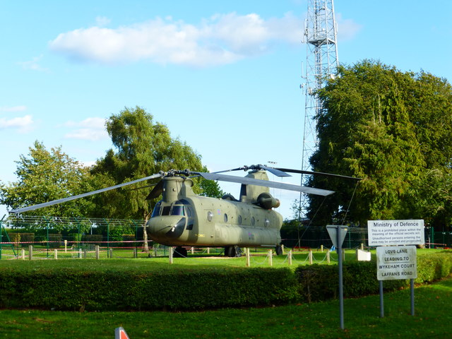 Chinook and mast at RAF Odiham