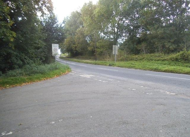 Smug Oak Lane at the junction of Drop Lane