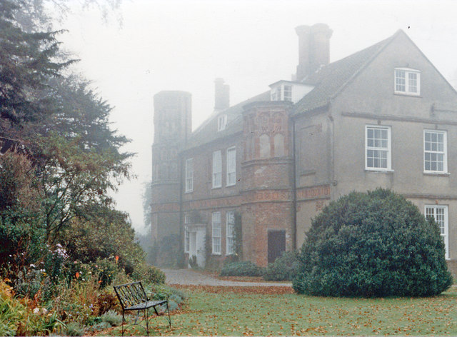 Great Snoring: Manor House, former Tudor Rectory, in autumn mist 1986