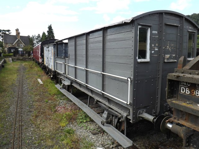 Mixed rolling stock