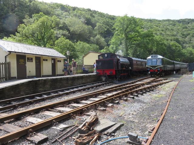 Llwyfan Cerrig Station, Gwili Steam Railway