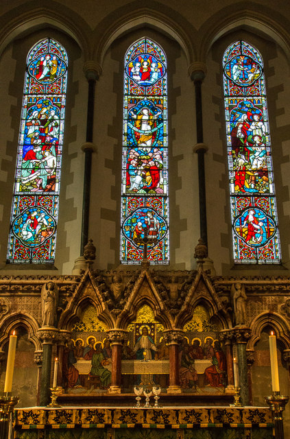 Altar, Christchurch, Waterfall Road, Southgate, London N14