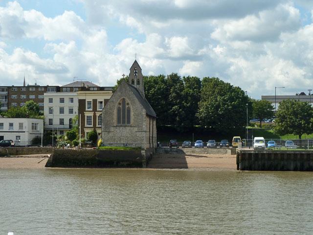 St. Andrew's, Gravesend