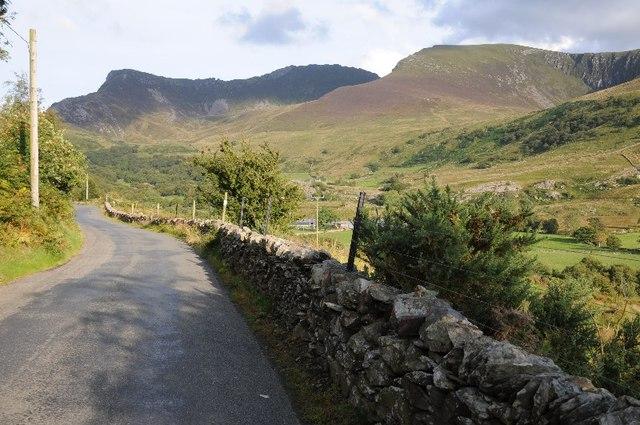 The B4418 near Dyffryn Nantlle