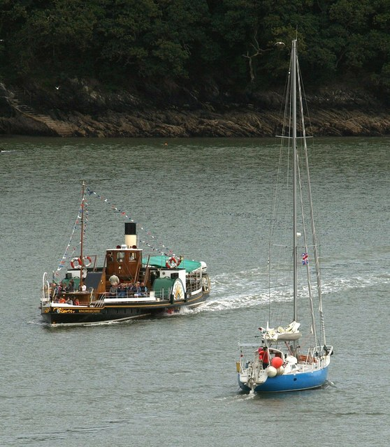 Vessels on the Dart