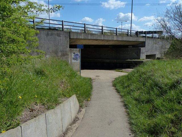 The Ivanhoe Trail passing under the A46