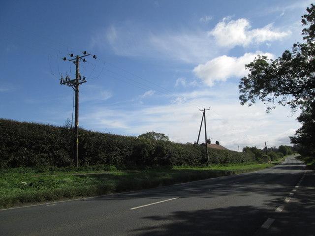 Constitution  Hill  A1035  approaching  Molescroft