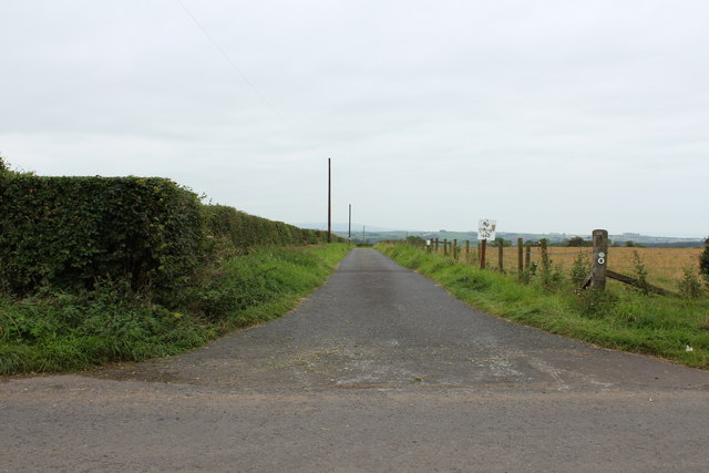 Road to Laurland, Mauchline