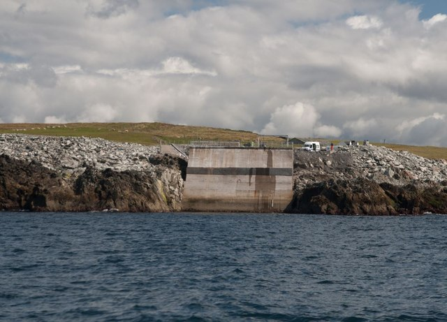 Wave Generator (LIMPET), Islay