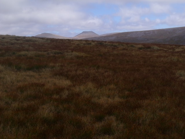 View north-east from north bank of Caochan Dubh in the Eidart system, Glenfeshie
