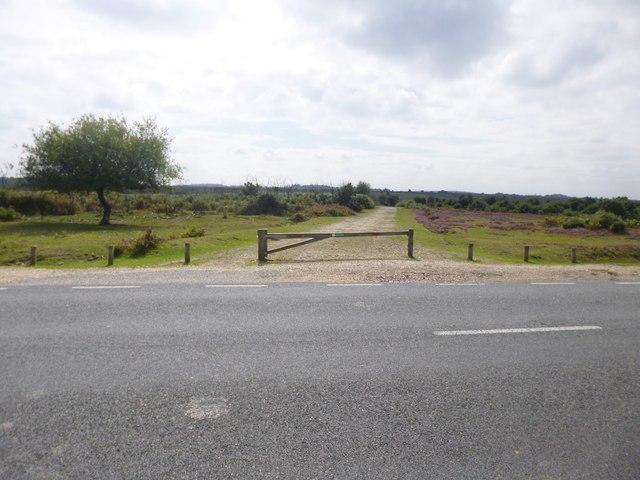 Deadman Hill, gateway
