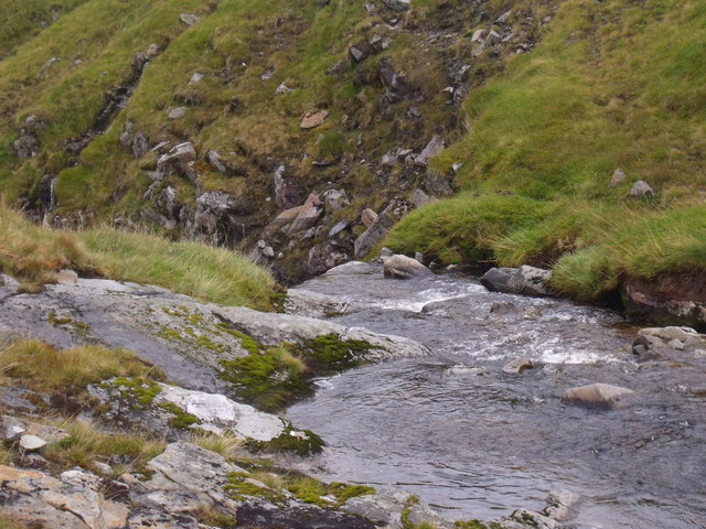 Pre-fall plunge for Caochan Dubh in the Eidart system, Glenfeshie