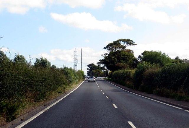 Garstang Road passes Larbreck Hill Farm