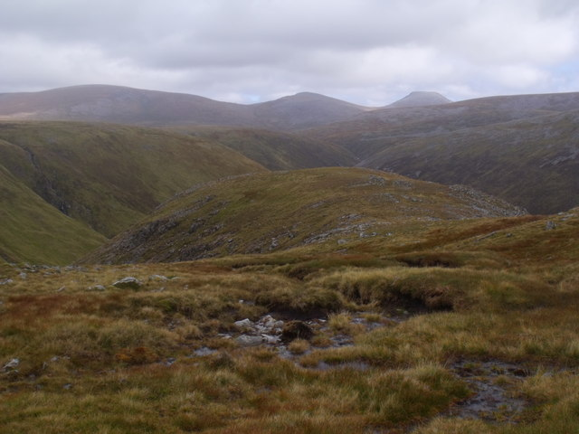 Cnap nan Laogh above  the Eidart system, Glenfeshie