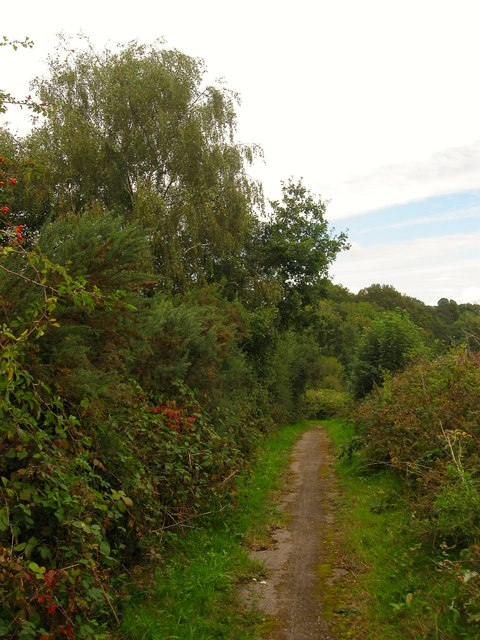 Footpath to Bolney Crossways