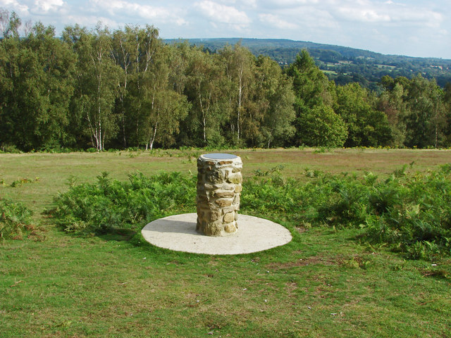 The viewpoint, Chinthurst Hill