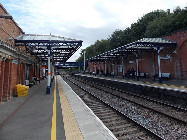 Melton Mowbray railway station canopies