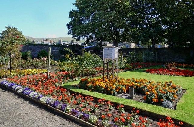 Knockcushan Garden