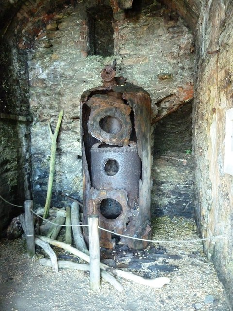 Tunnels Beaches - Old boiler
