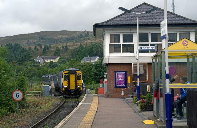 Train approaching Banavie station