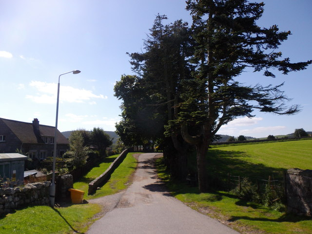 A lane heading SW from Brebner Place