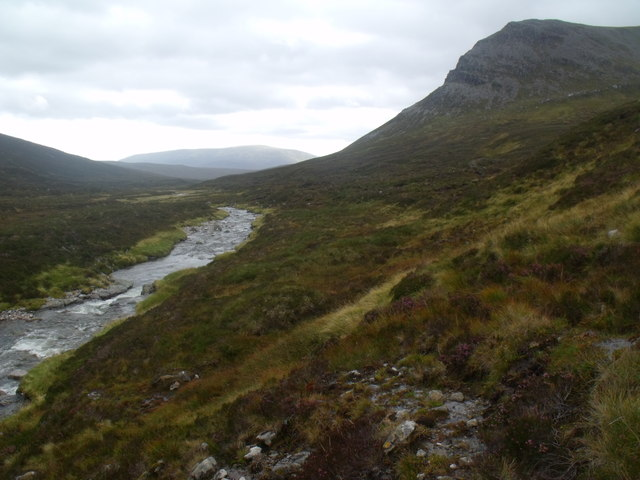 West bank of River Eidart, Glenfeshie