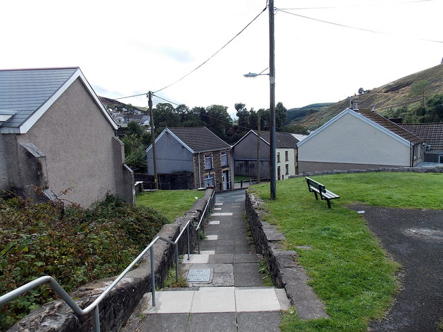 Path from Hill View to Waun Bant, Pontycymer