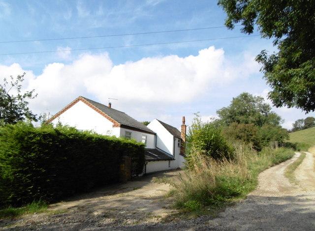 Buildings near Tetford Hill Farm