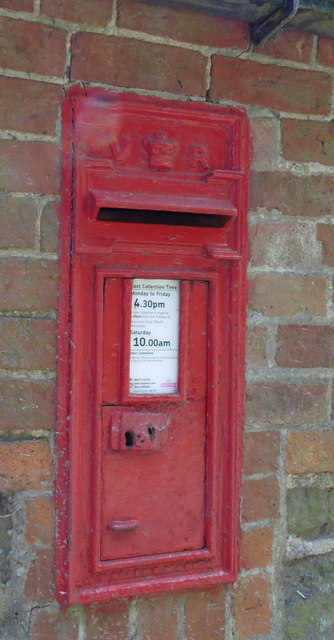 Victorian Postbox at Manor House, Salmonby
