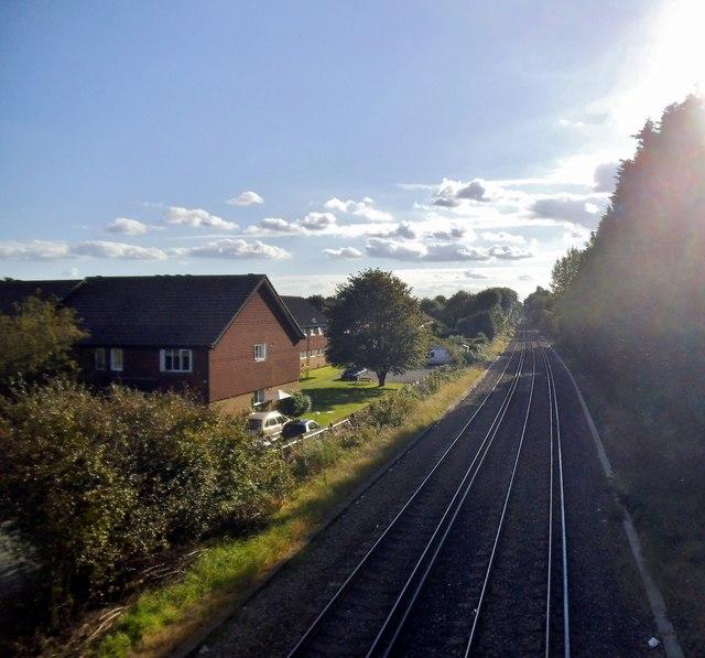 The railway between Ashtead and Leatherhead
