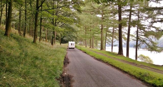 On the road alongside the Derwent Reservoir