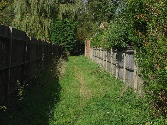 Footpath, Wonersh