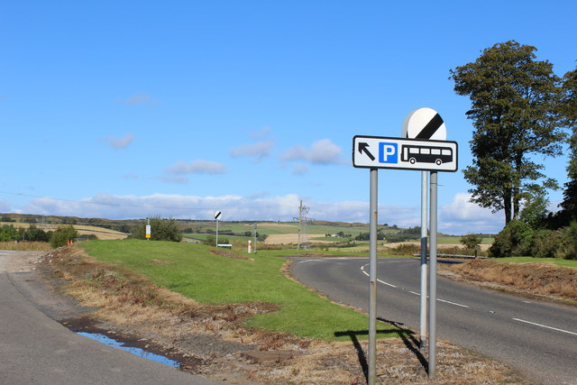 Road junction north of Kilmacolm