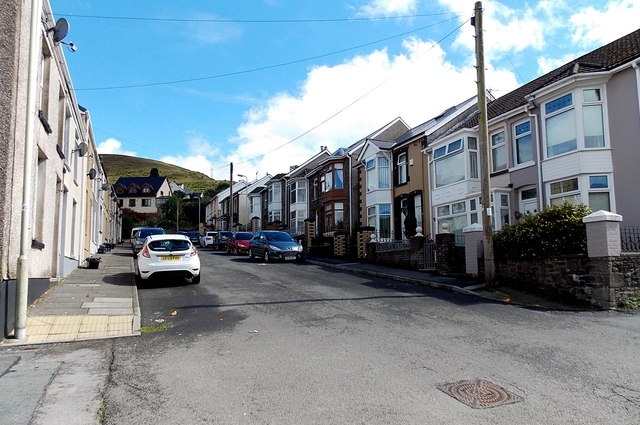 Eastern end of Albany Road, Pontycymer