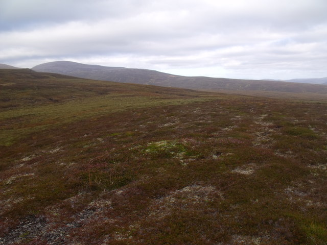 Looking east along ridge above River Feshie near Aviemore