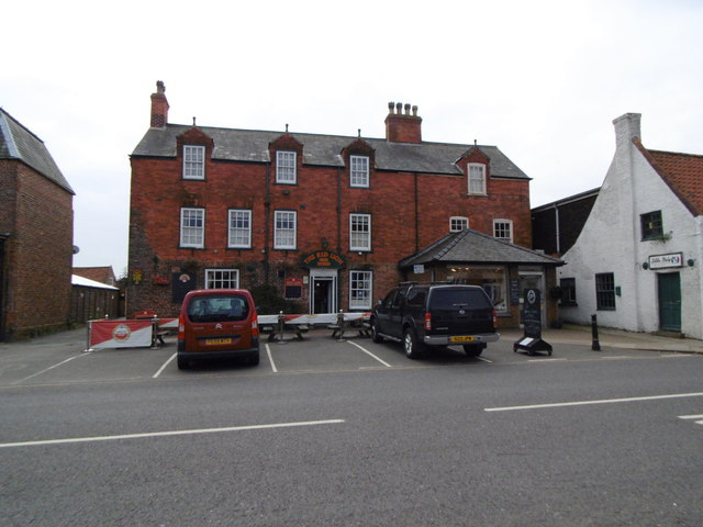 The Red Lion on Market Street, Spilsby
