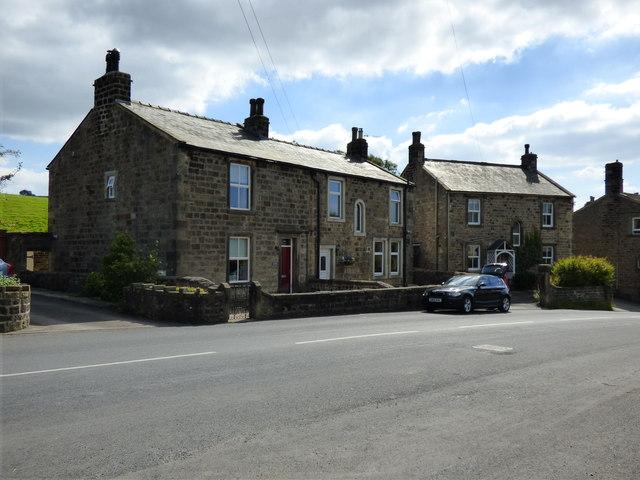 Embsay:  Houses in East Lane