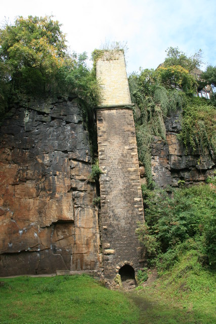 Ruined chimney in the Torrs Riverside Park.