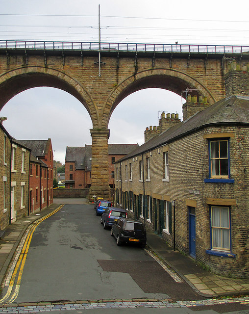 Durham: Lambton Street and the railway viaduct