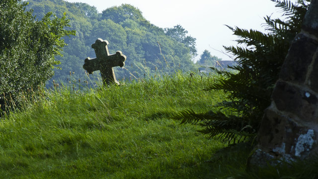 Gravestone in Hanbury Churchyard