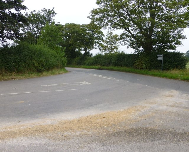 Road junction on approach to North East Grains