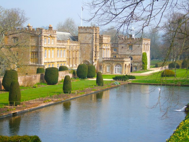 Forde Abbey and Long Pond