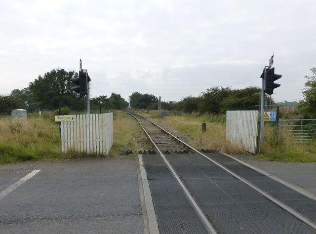 Level crossing near Potland Bridge