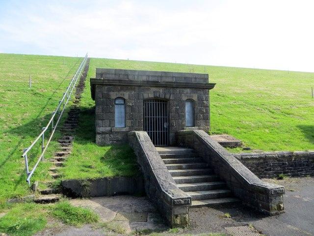 Pump house at Parsonage Reservoir