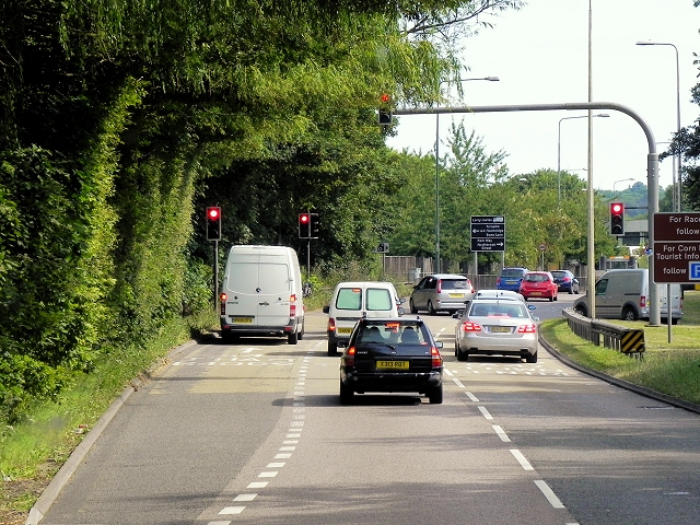 Southbound A339 Approaching Robin Hood Roundabout