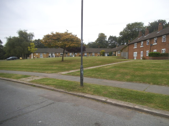 Houses on Binyon Crescent, Stanmore
