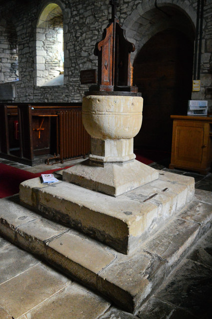 The font, Holy Trinity, Wistanstow